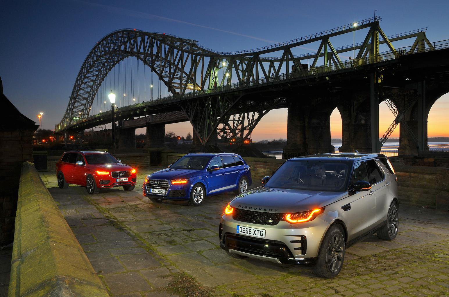Land Rover Discovery, Audi Q7 and Volvo XC90