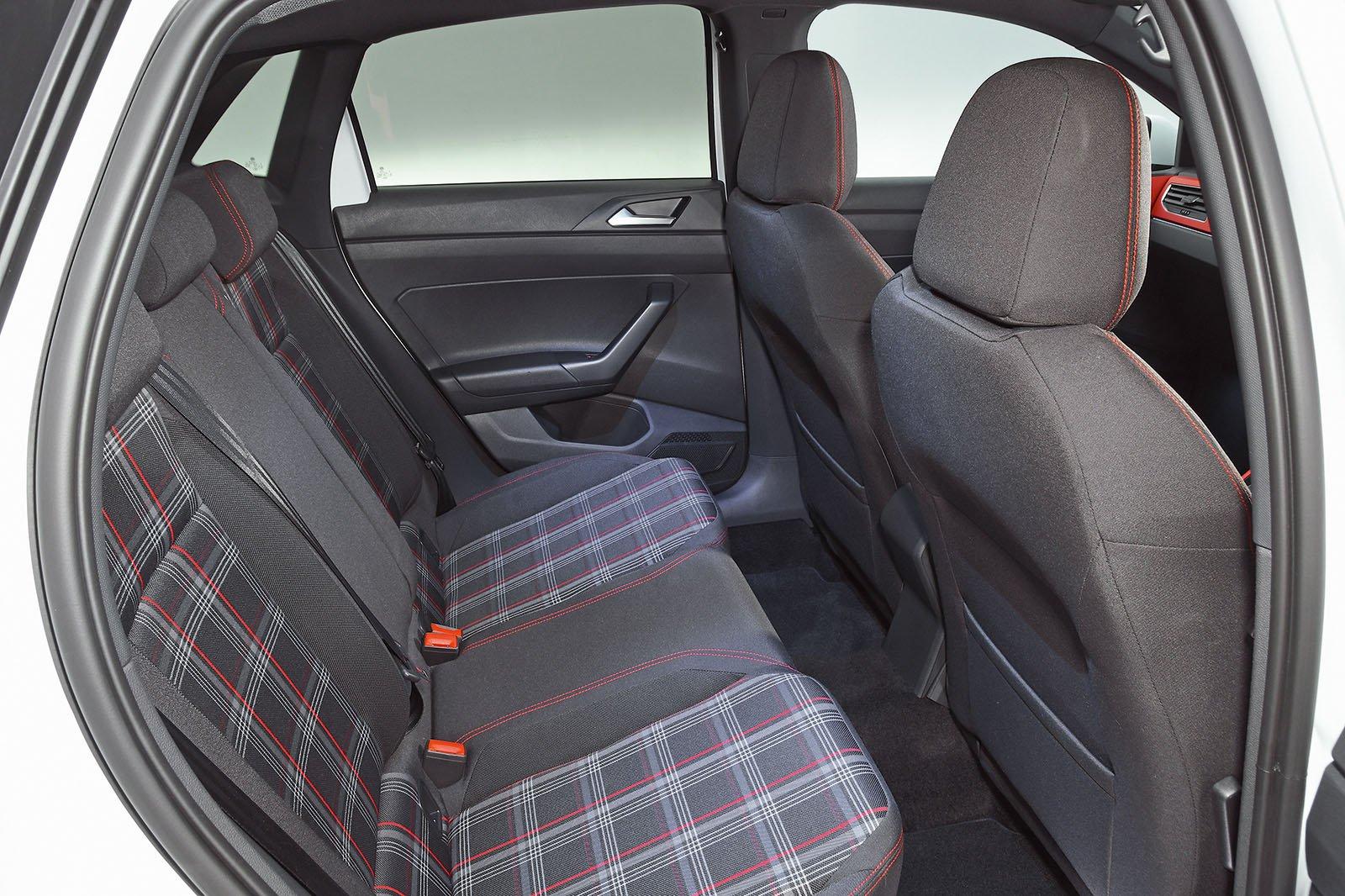 2018 Volkswagen Polo GTI rear seats