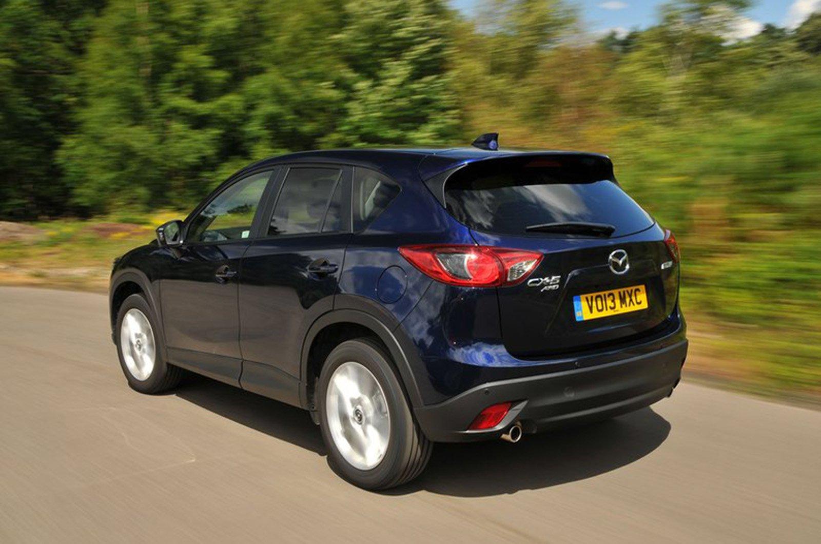 Mazda CX-5 12-17 rear corner