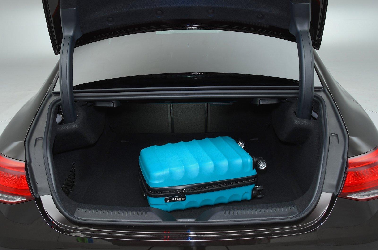 Mercedes CLS boot