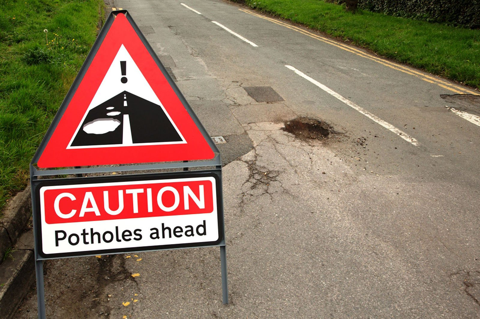 pothole sign