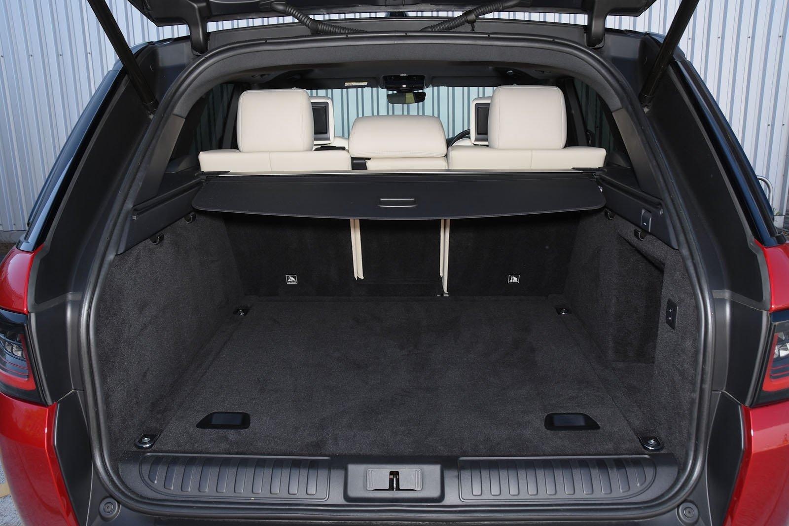2018 Range Rover Sport boot