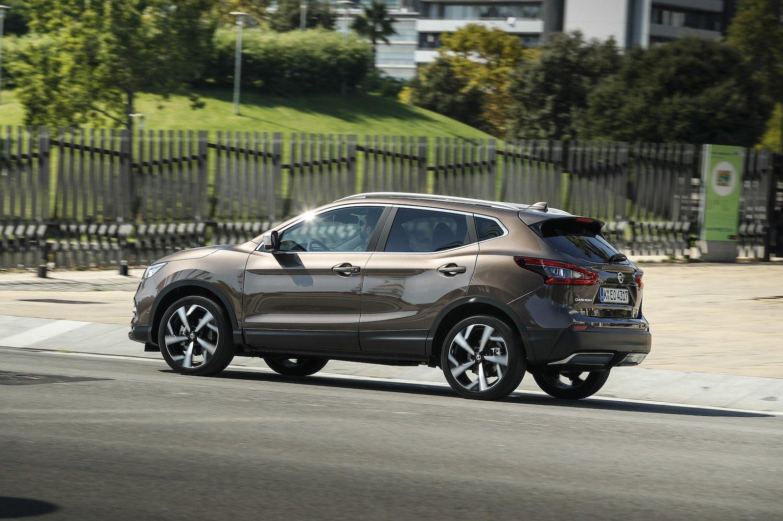2018 Nissan Qashqai 1.3 DiG-T side