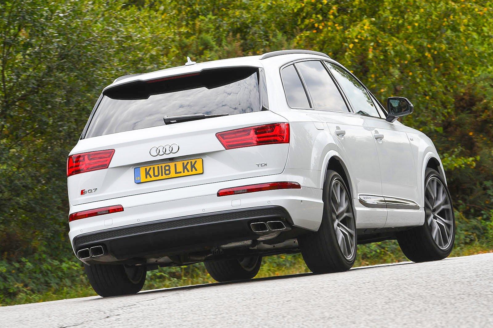Audi SQ7 rear