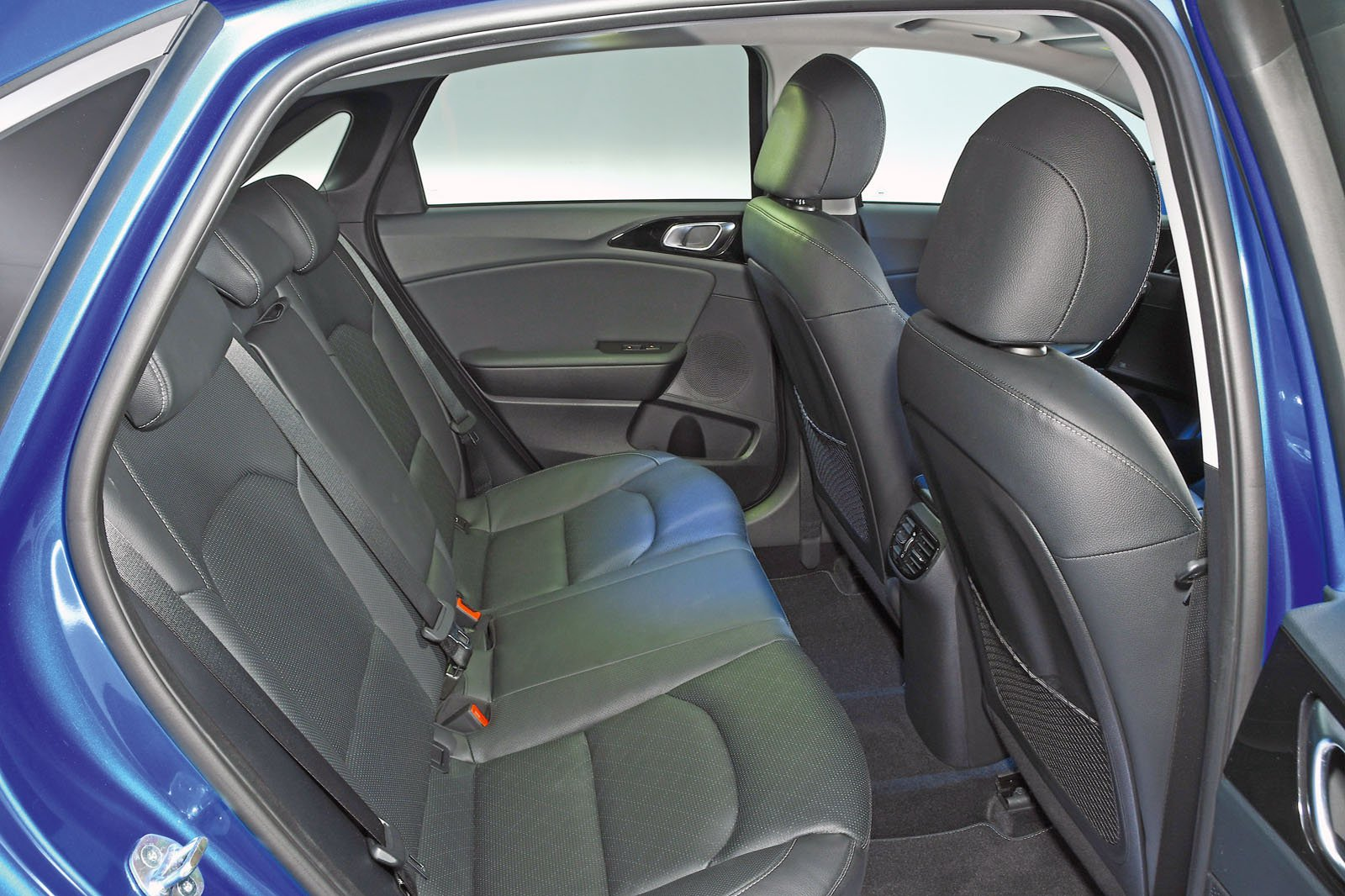 Kia Ceed rear seats