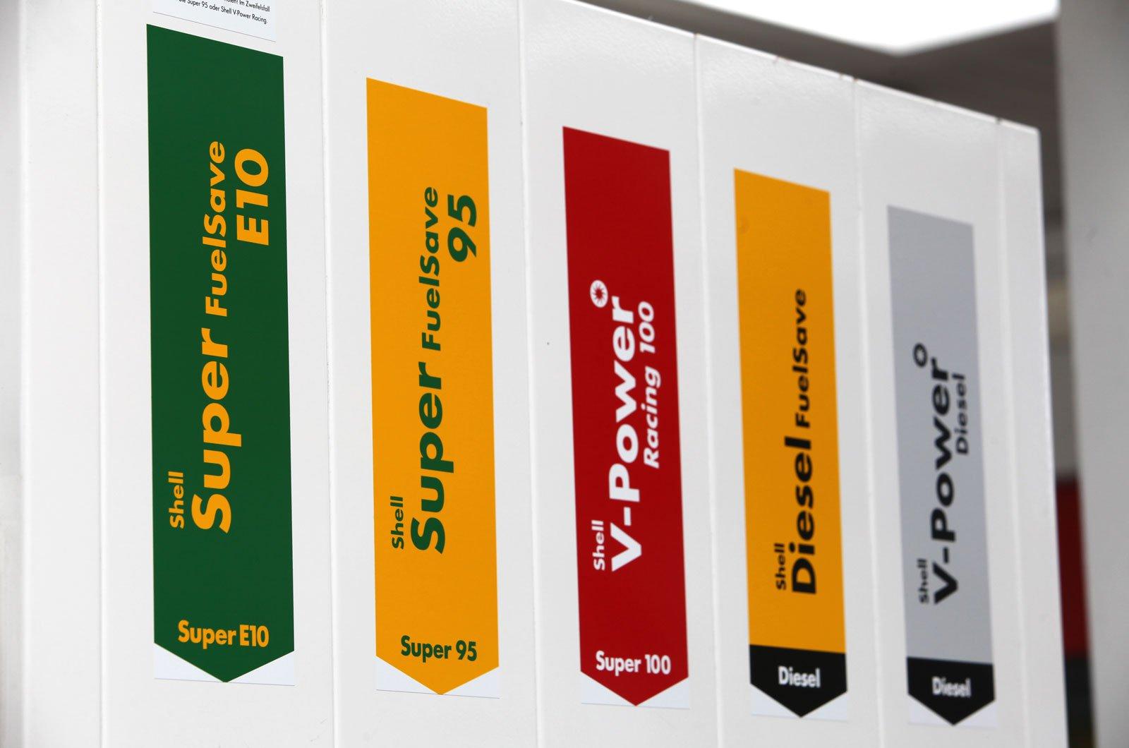 E10 biofuels fuel filling station labels