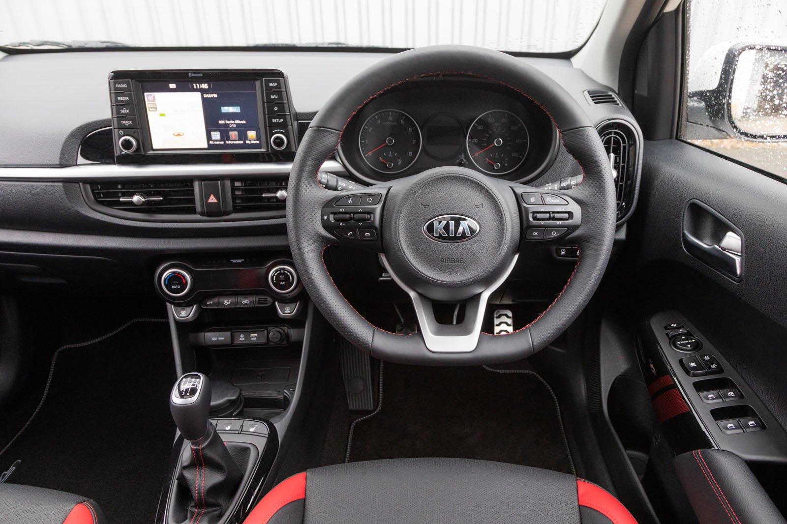 2018 Kia Picanto 1.0 T-GDi dash