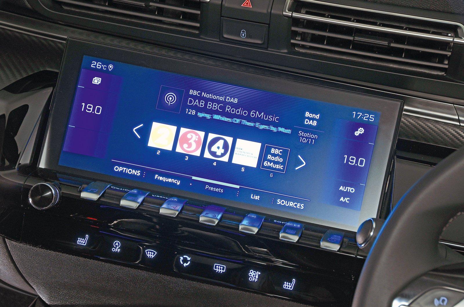 Peugeot 508 touchscreen