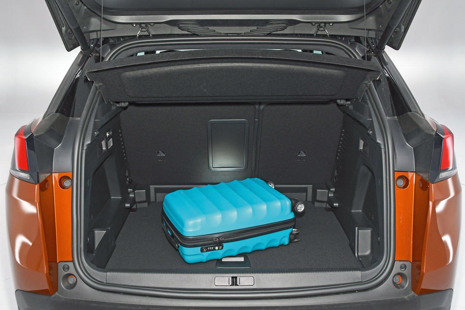 Peugeot 3008 boot