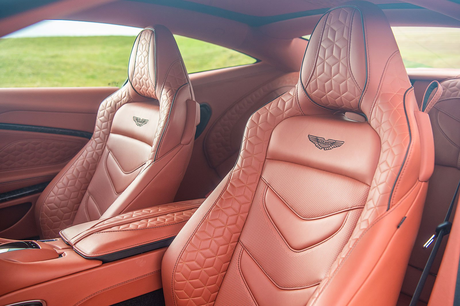 Aston Martin DBS Superleggera front seats