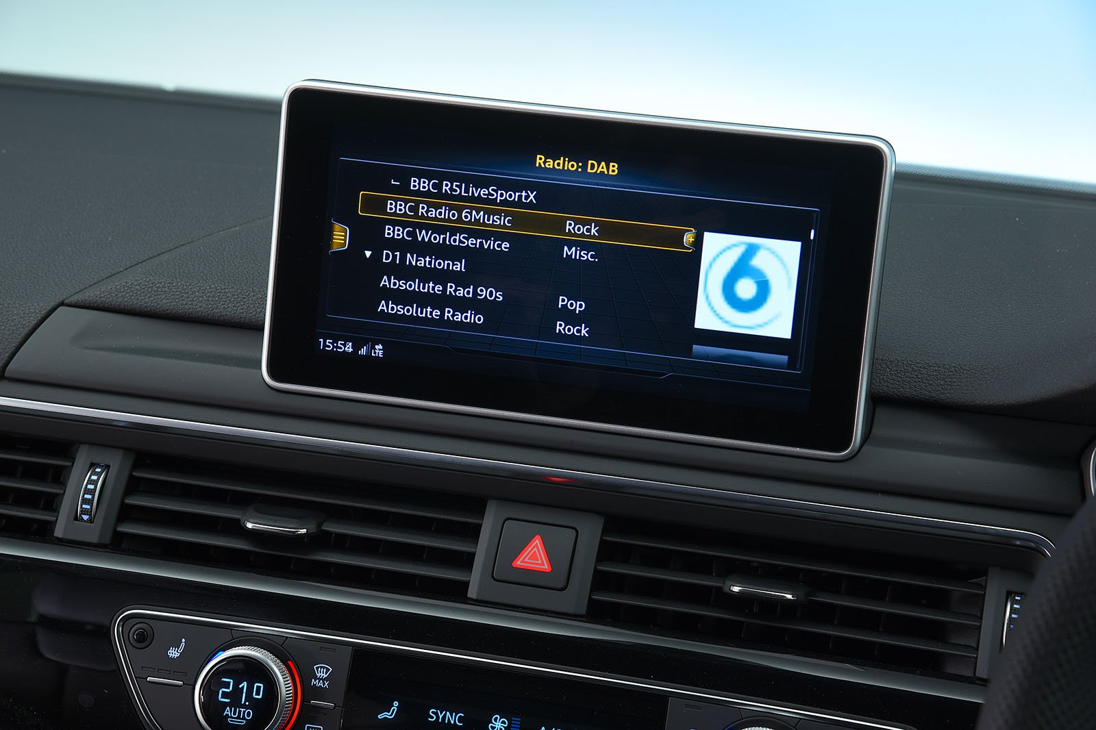 2018 Audi A4 Avant infotainment