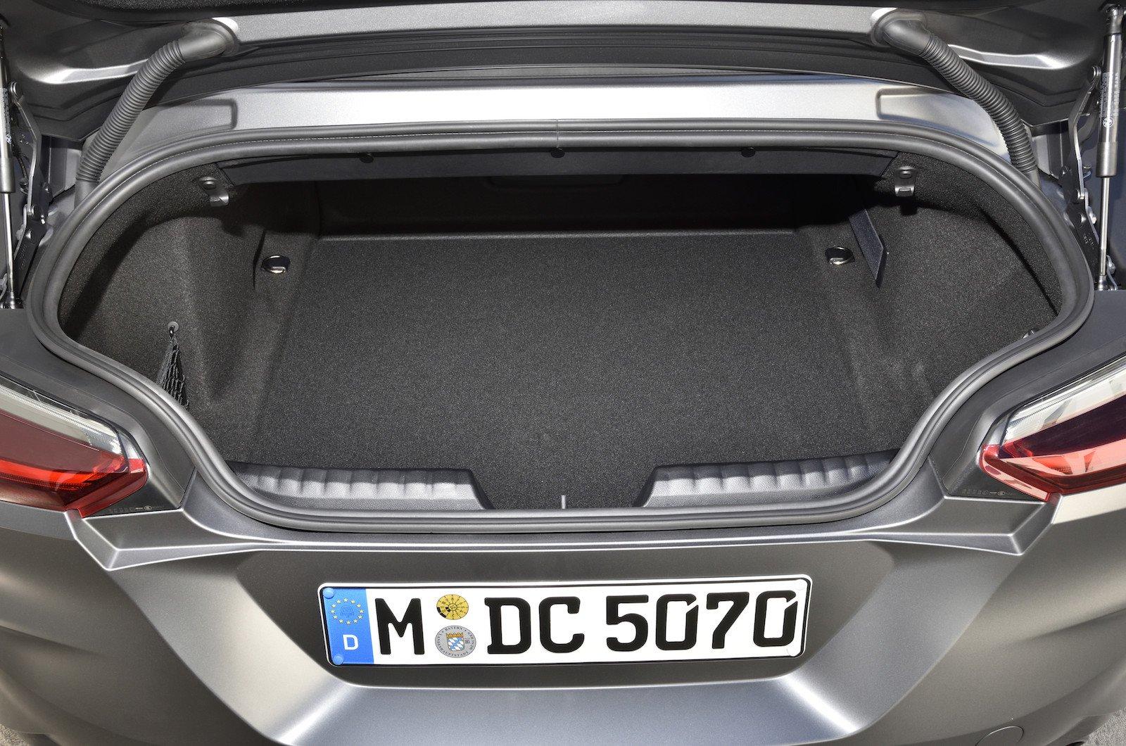 BMW Z4 Boot