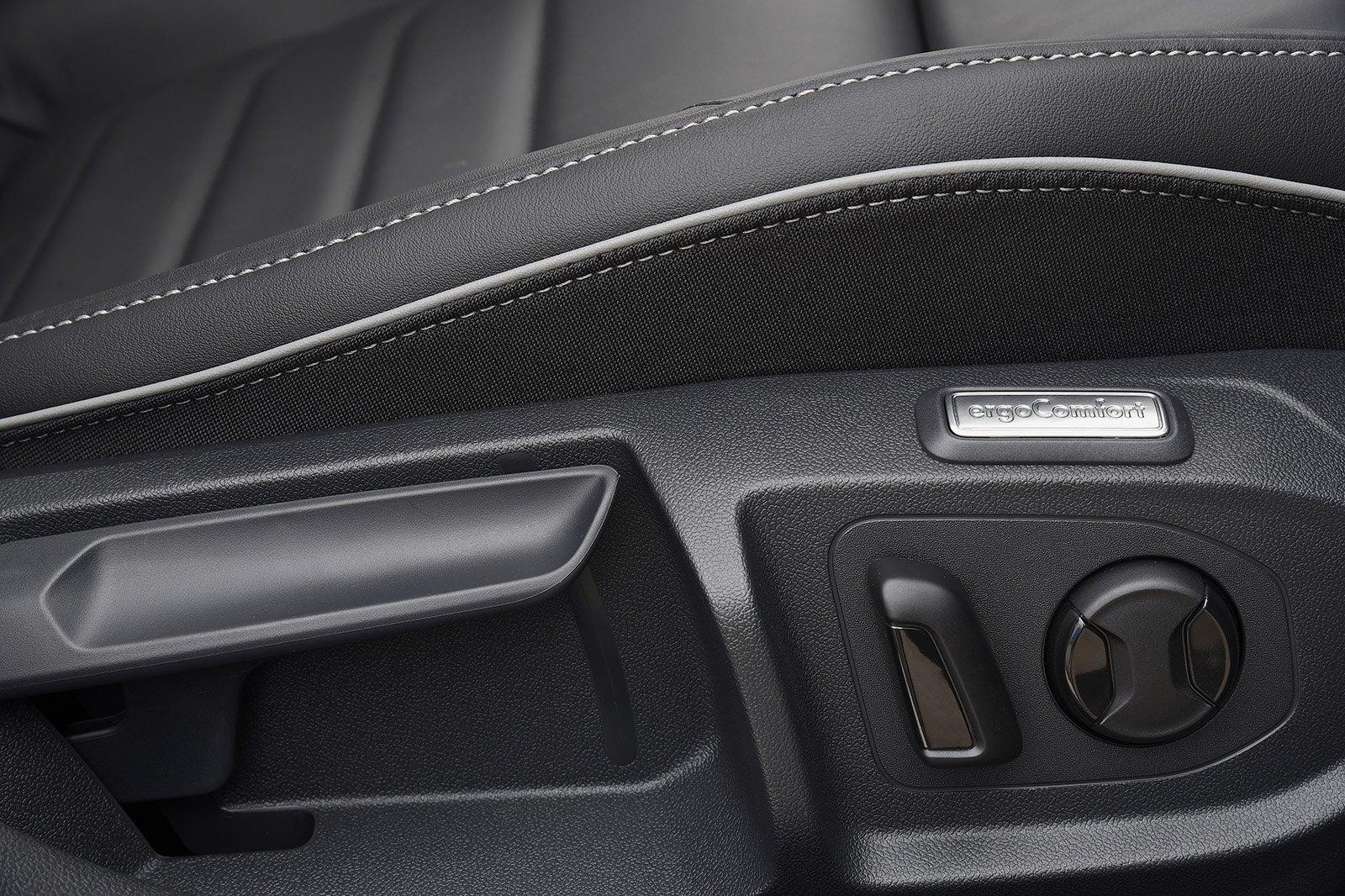 Volkswagen Arteon seat