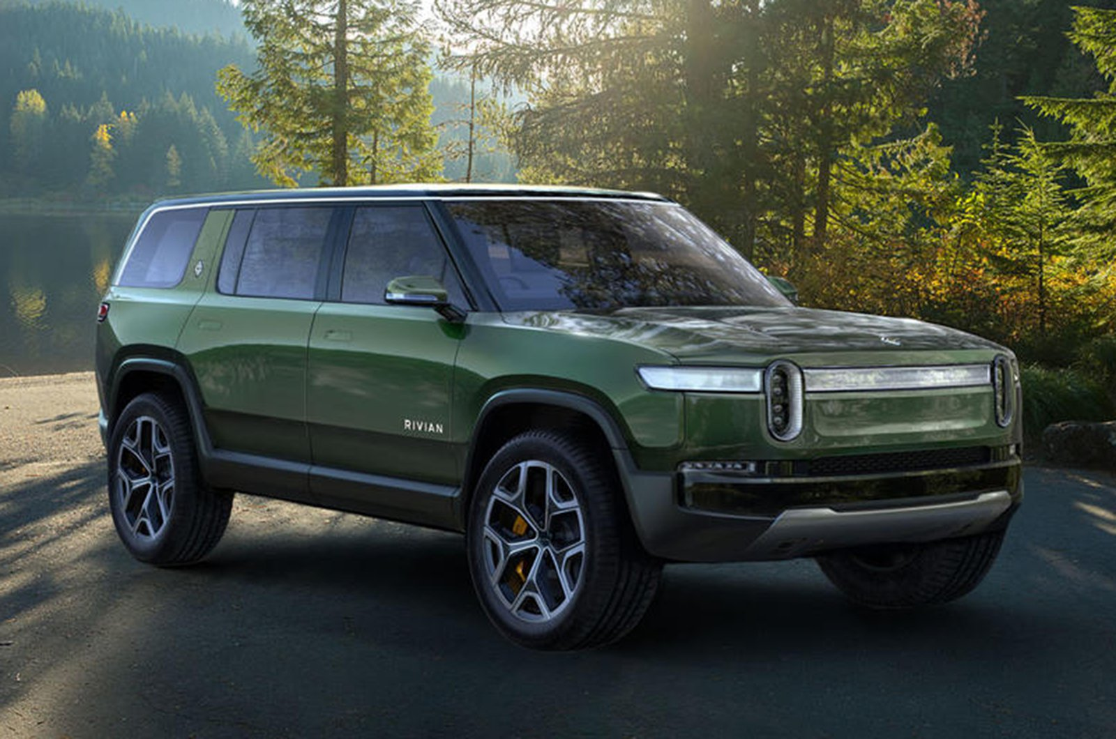Rivian R1S front