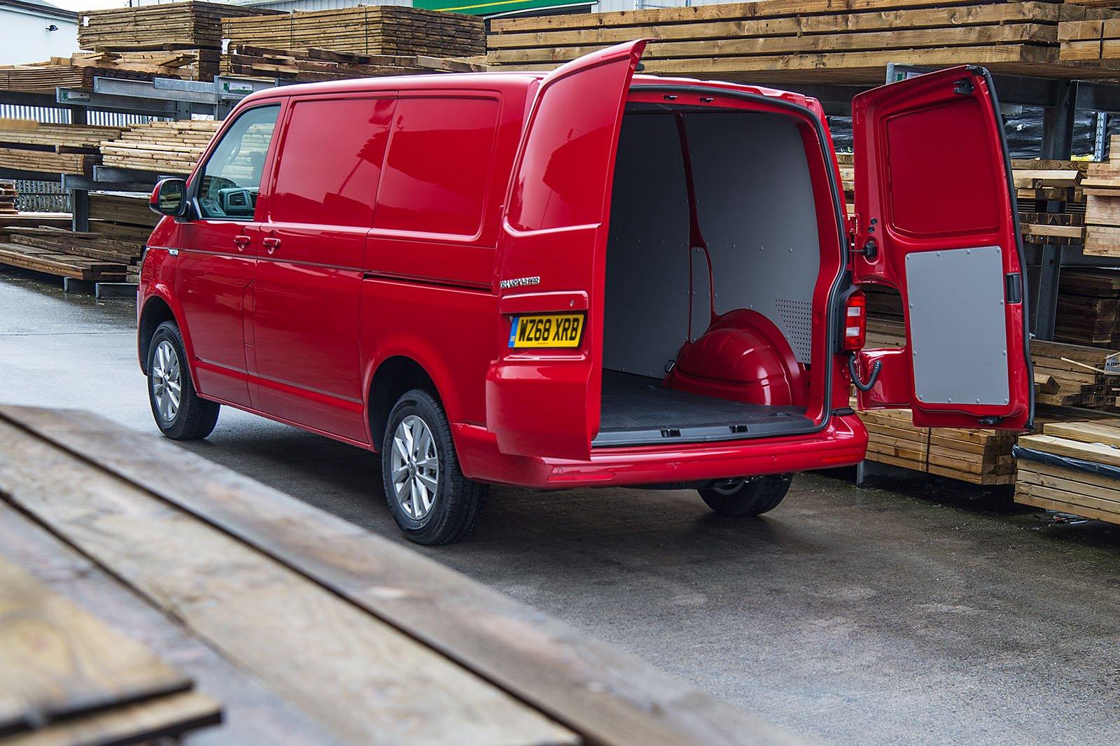 Volkswagen Transporter T6 rear loadspace