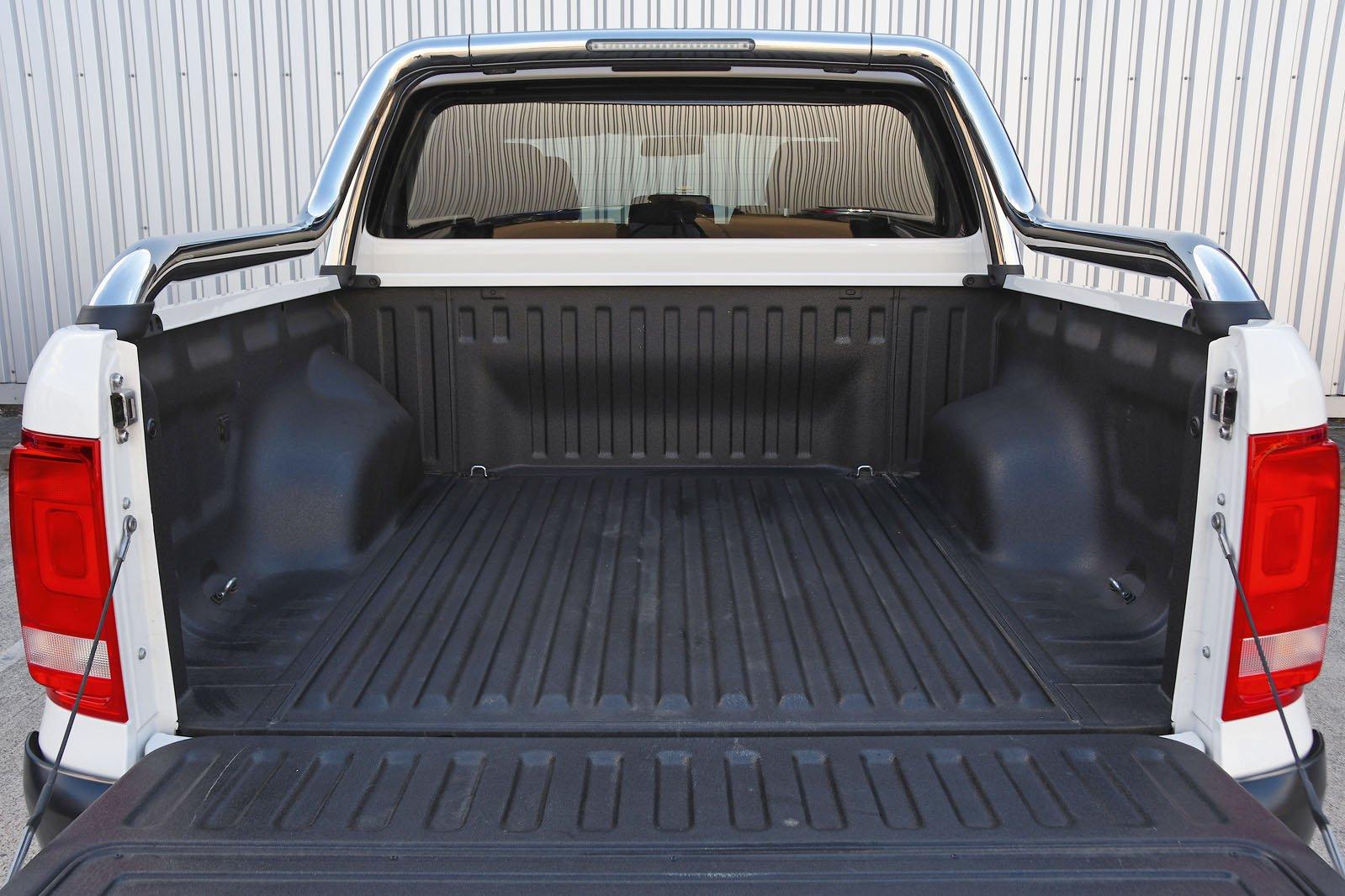 Volkswagen Amarok bed