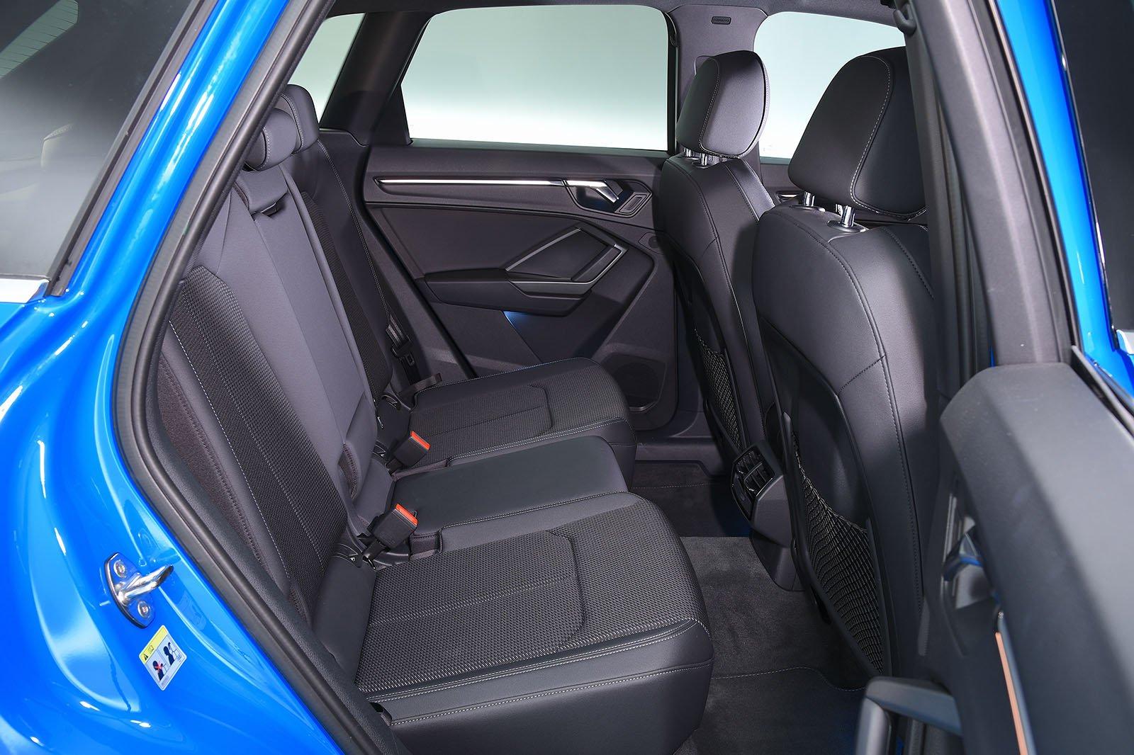 audi-q3-2020-rear-seats