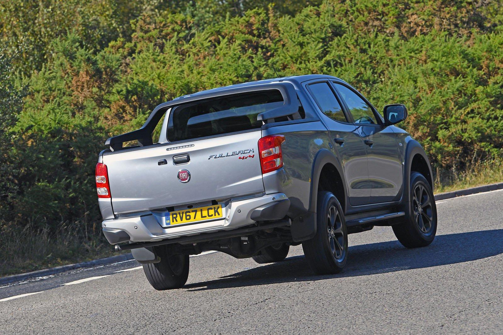 Fiat Fullback rear