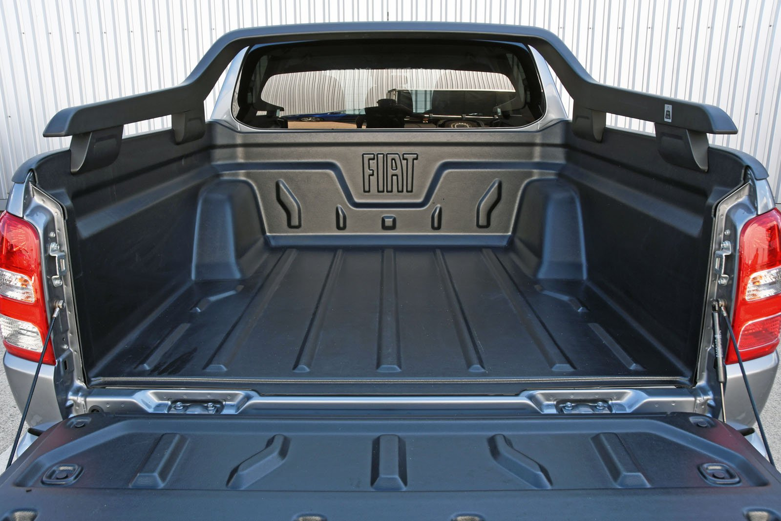 Fiat Fullback bed