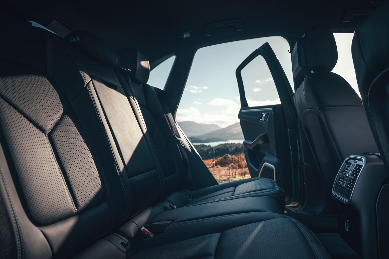 2019 Porsche Macan rear seats