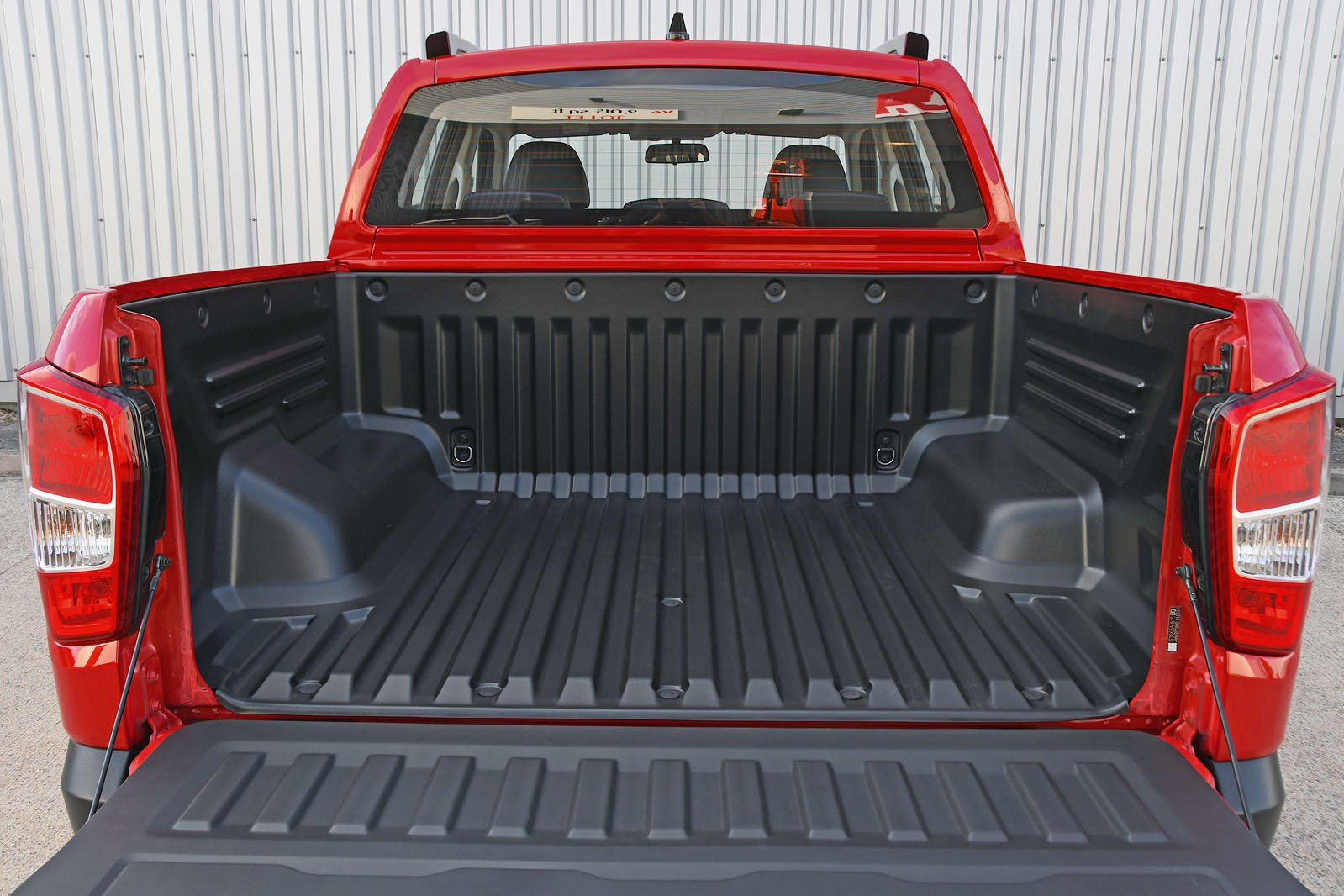 Ssangyong Musso bed