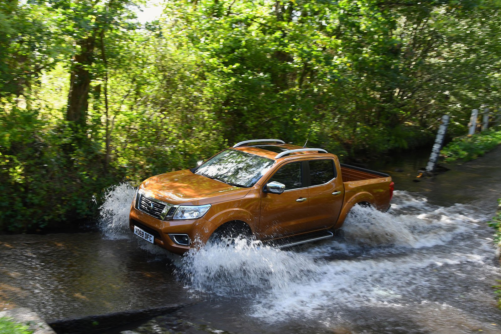 Nissan Navara off road