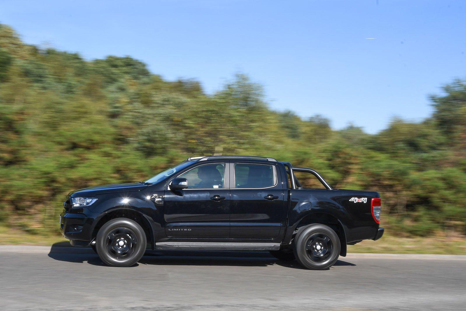Ford Ranger side