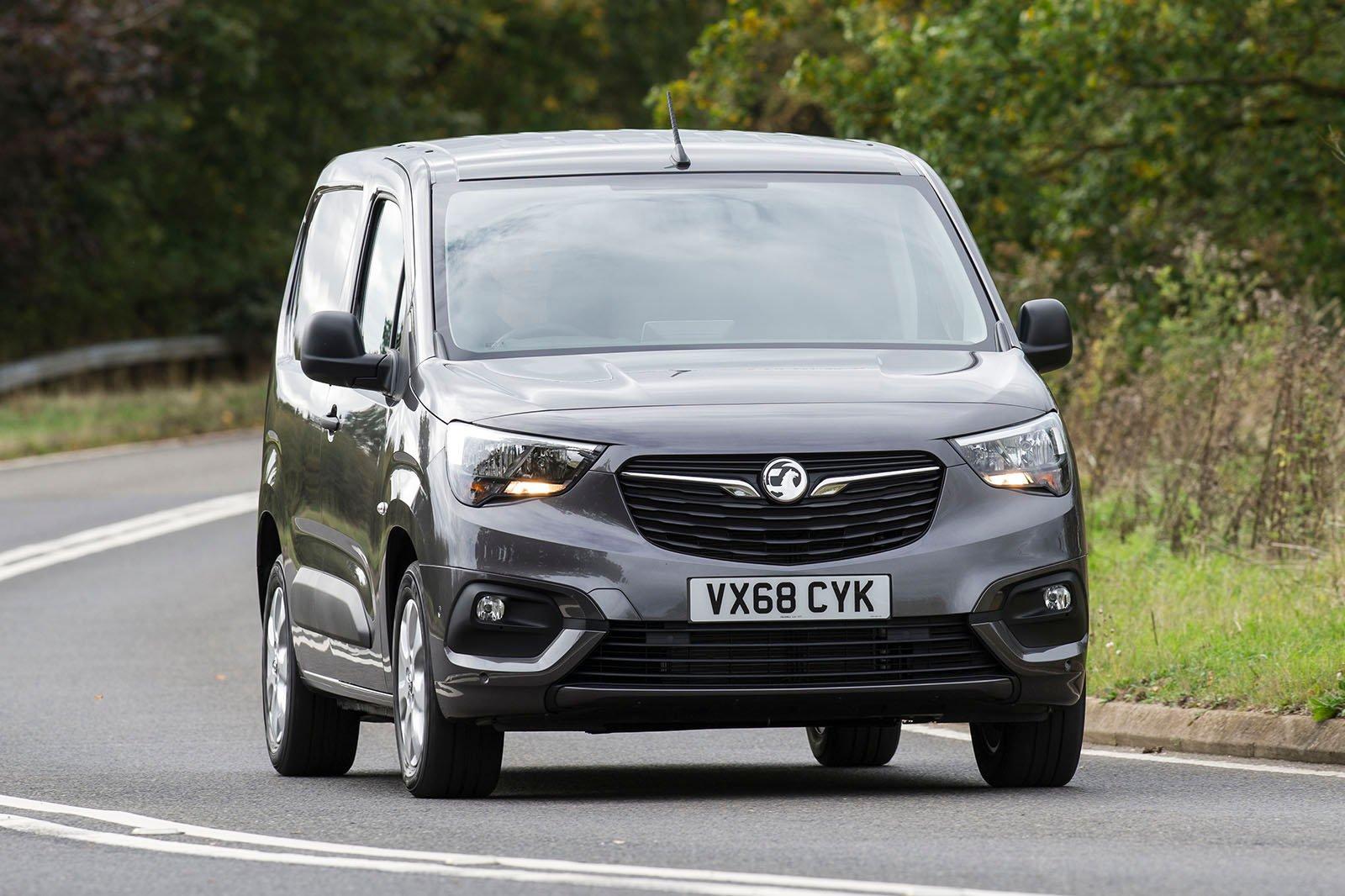 Vauxhall Combo Cargo front