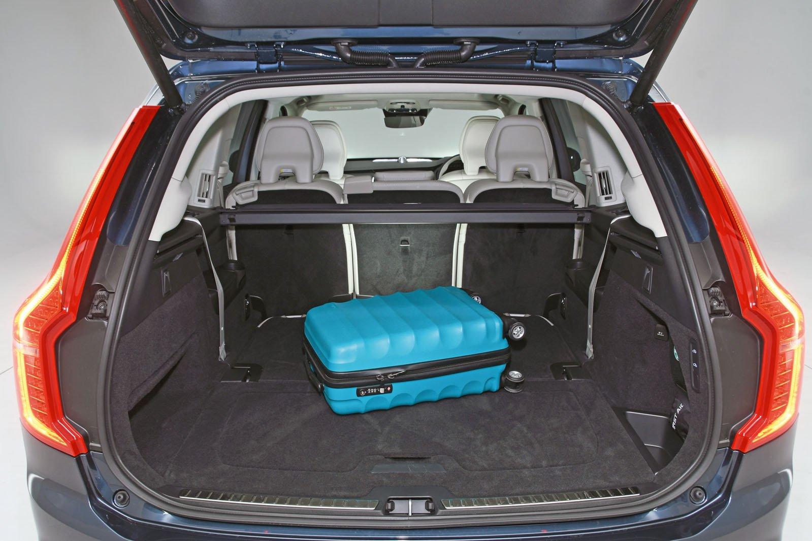Volvo XC90 boot