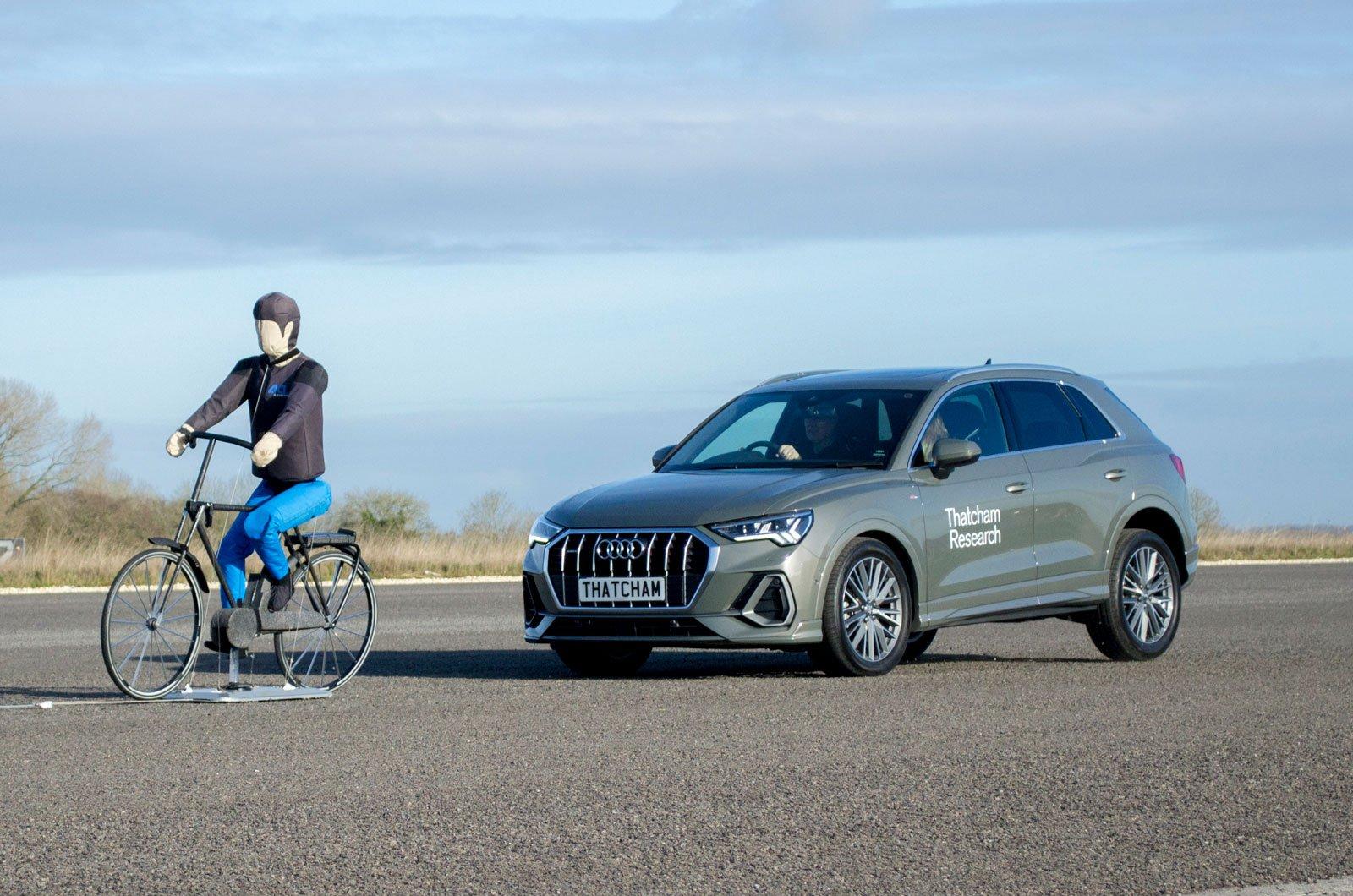 AEB cyclist Audi Q3