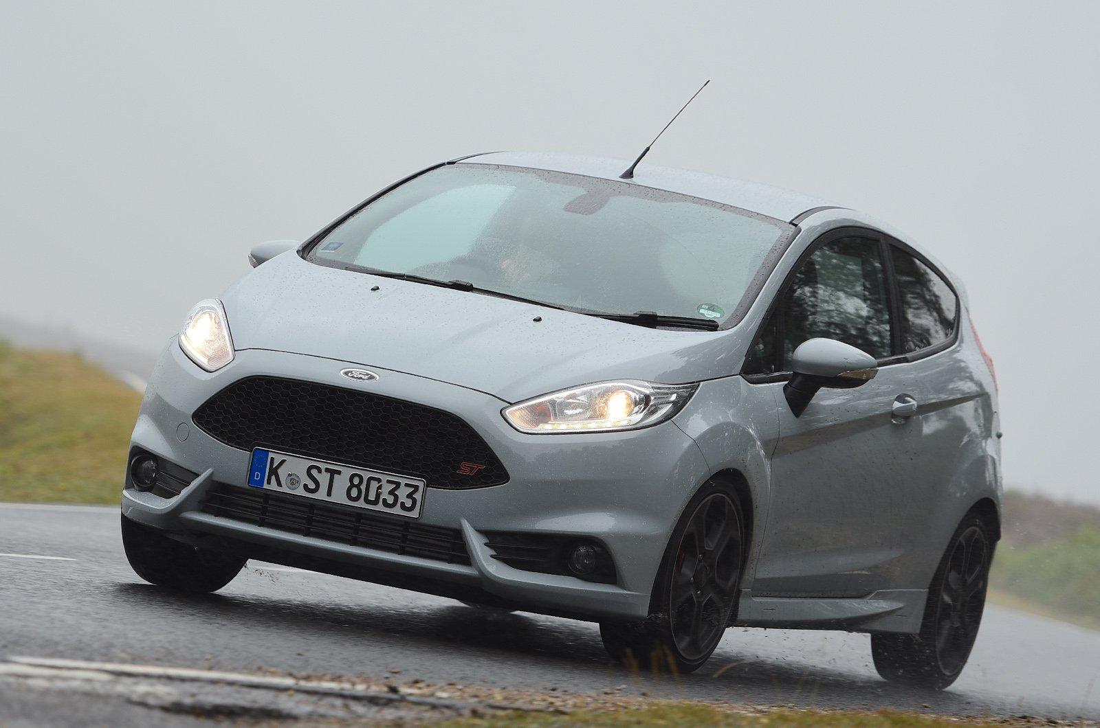 Used Test Ford Fiesta St Vs Mini Cooper S