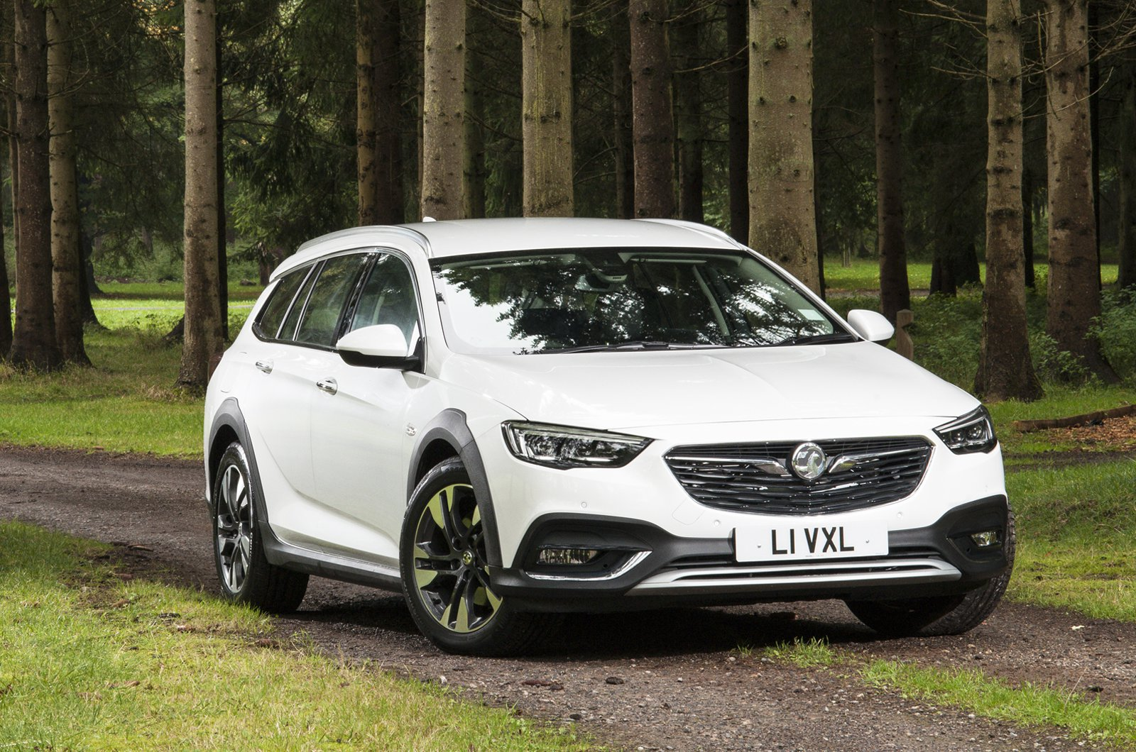 What Car? Personal Shopper: Vauxhall Insignia Country Tourer