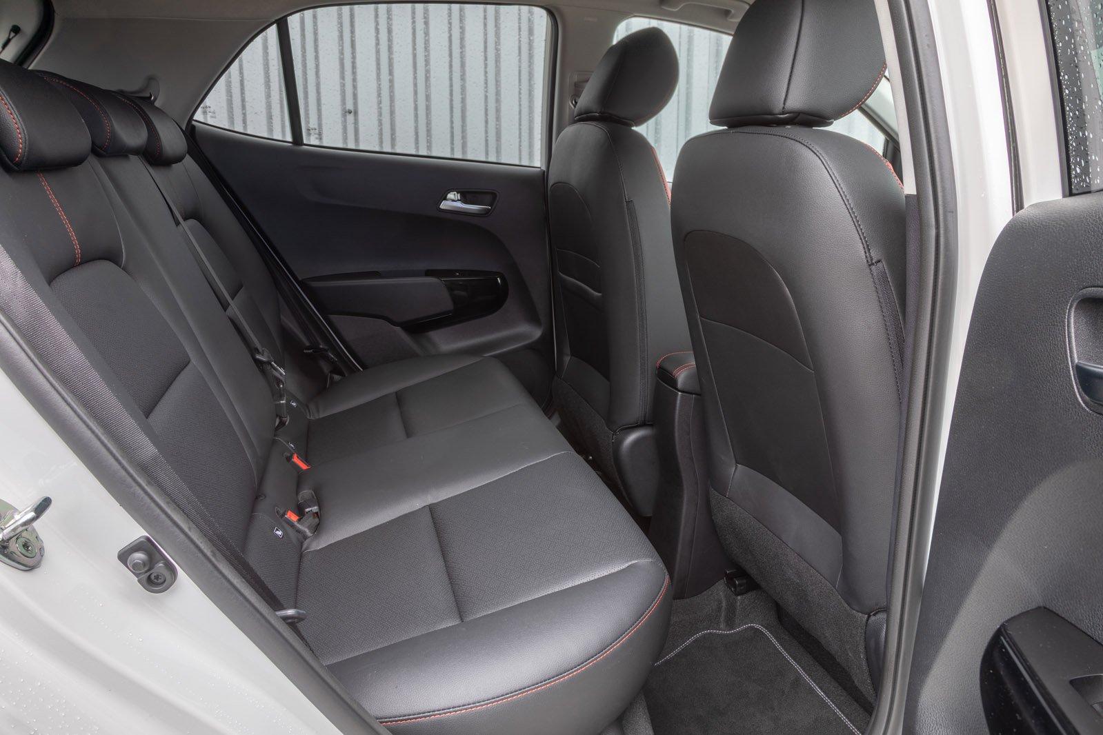 Kia Picanto 2019 right rear seats