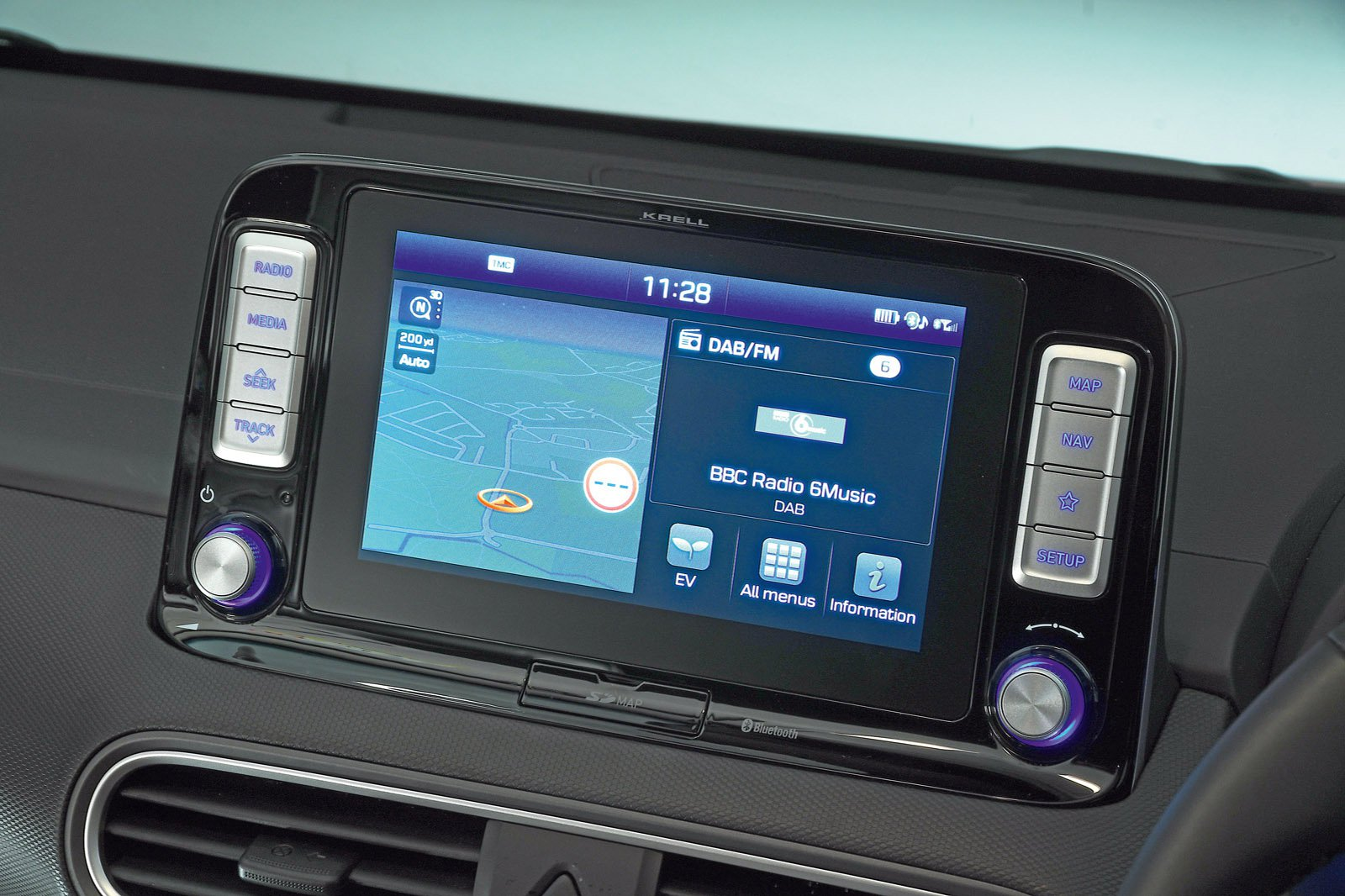 Hyundai Kona Electric infotainment