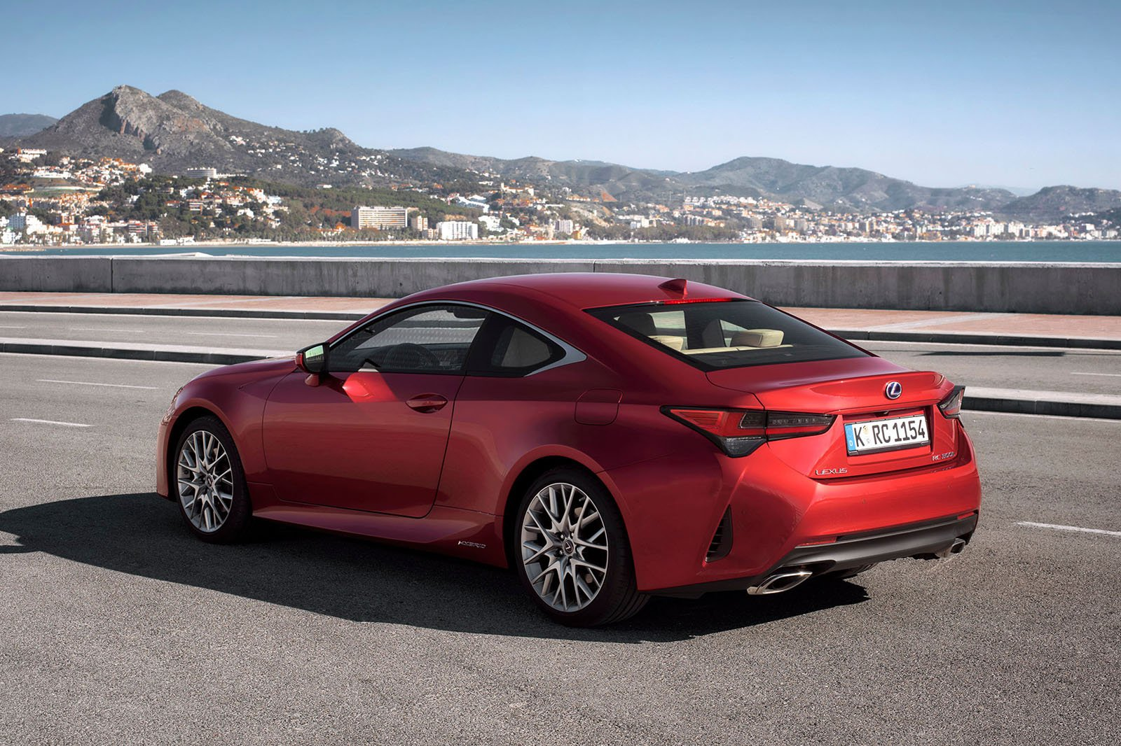 Lexus RC 2019 rear left tracking shot