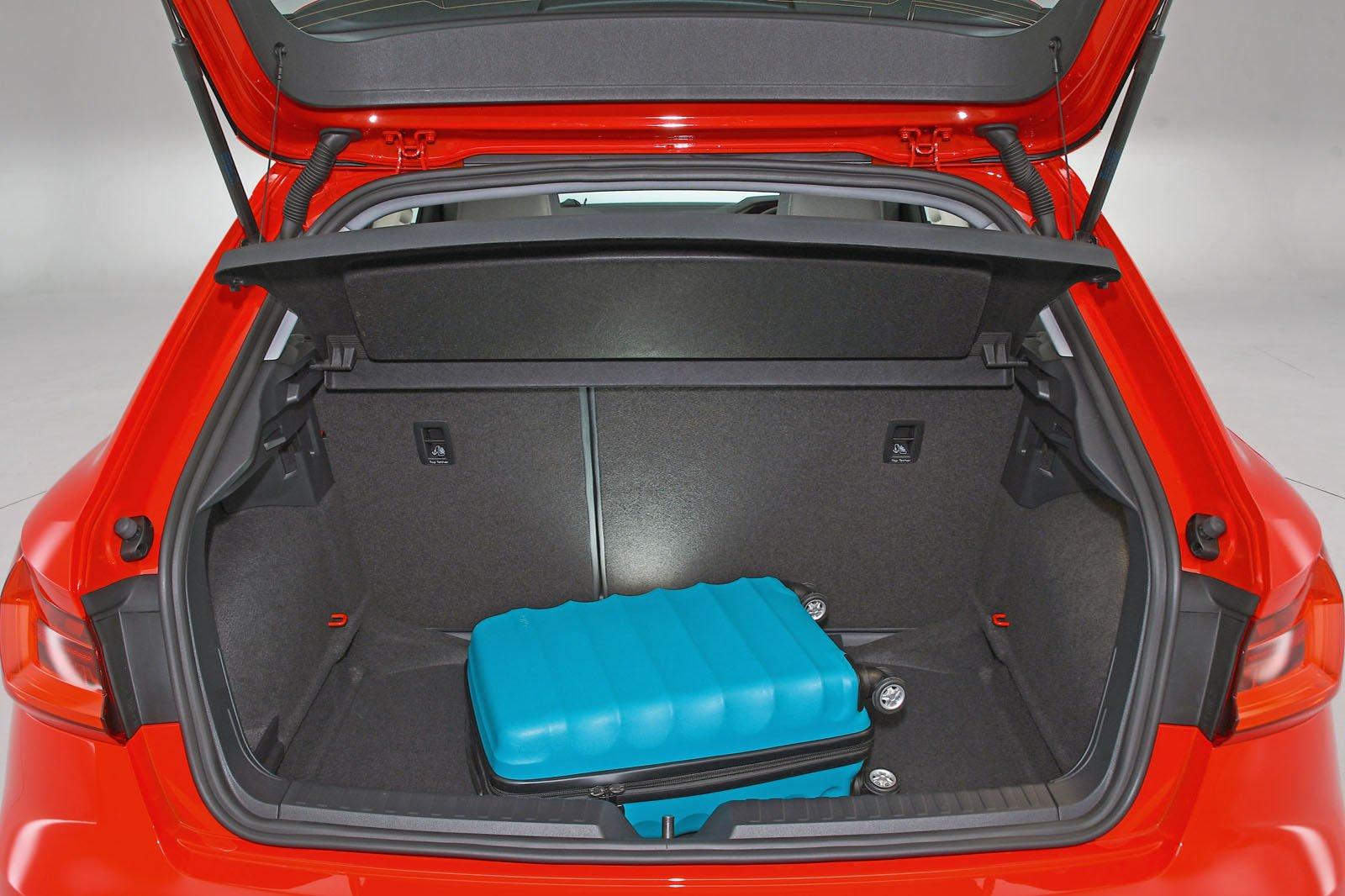 Audi A1 boot