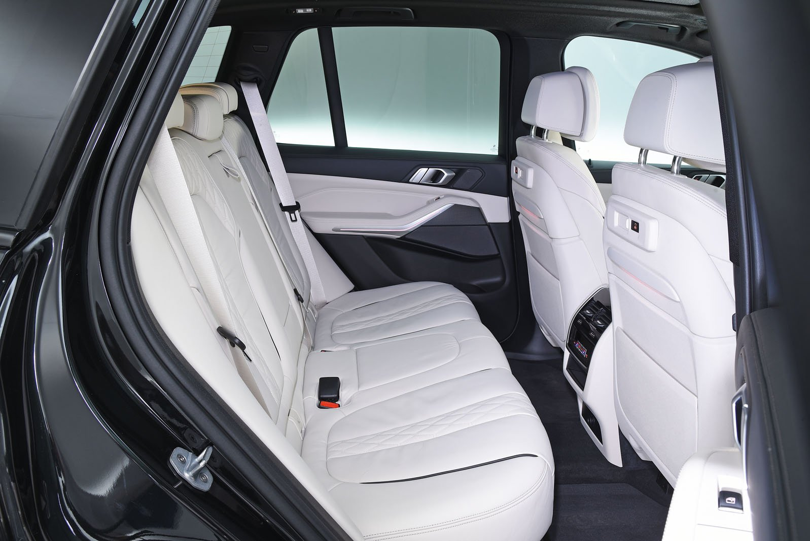 BMW X5 seats