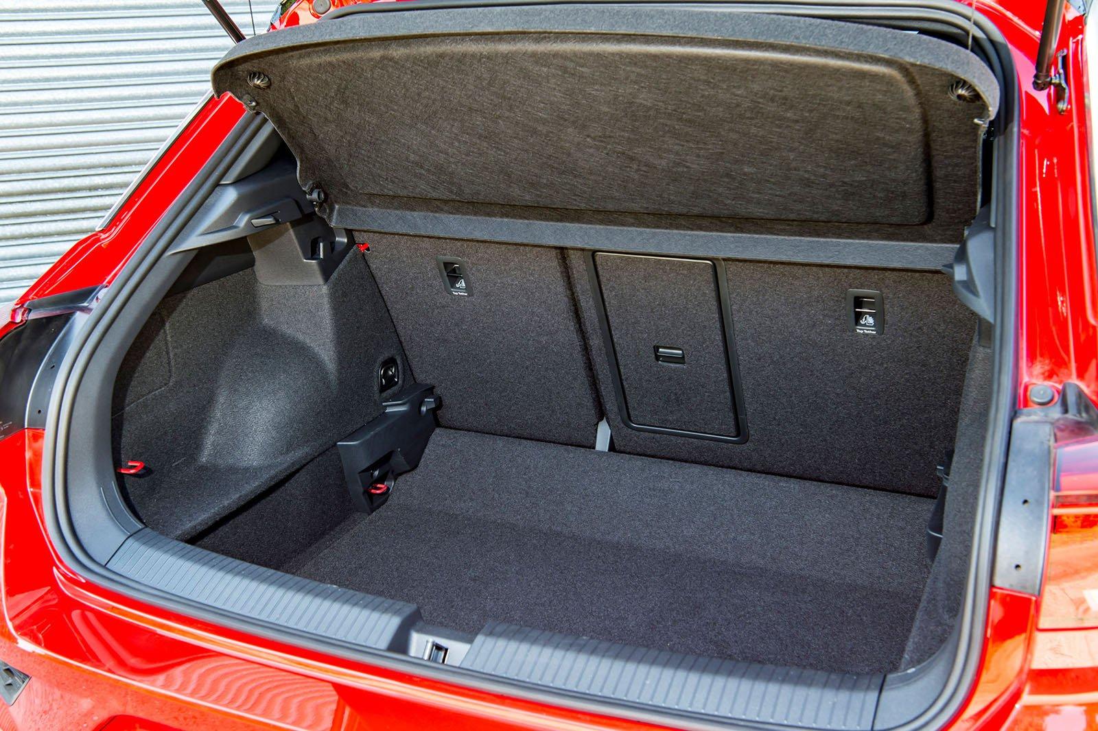 Volkswagen T-Roc 2018 boot