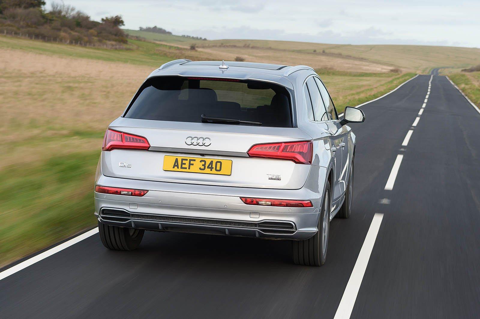 Audi Q5 2019 rear cornering shot