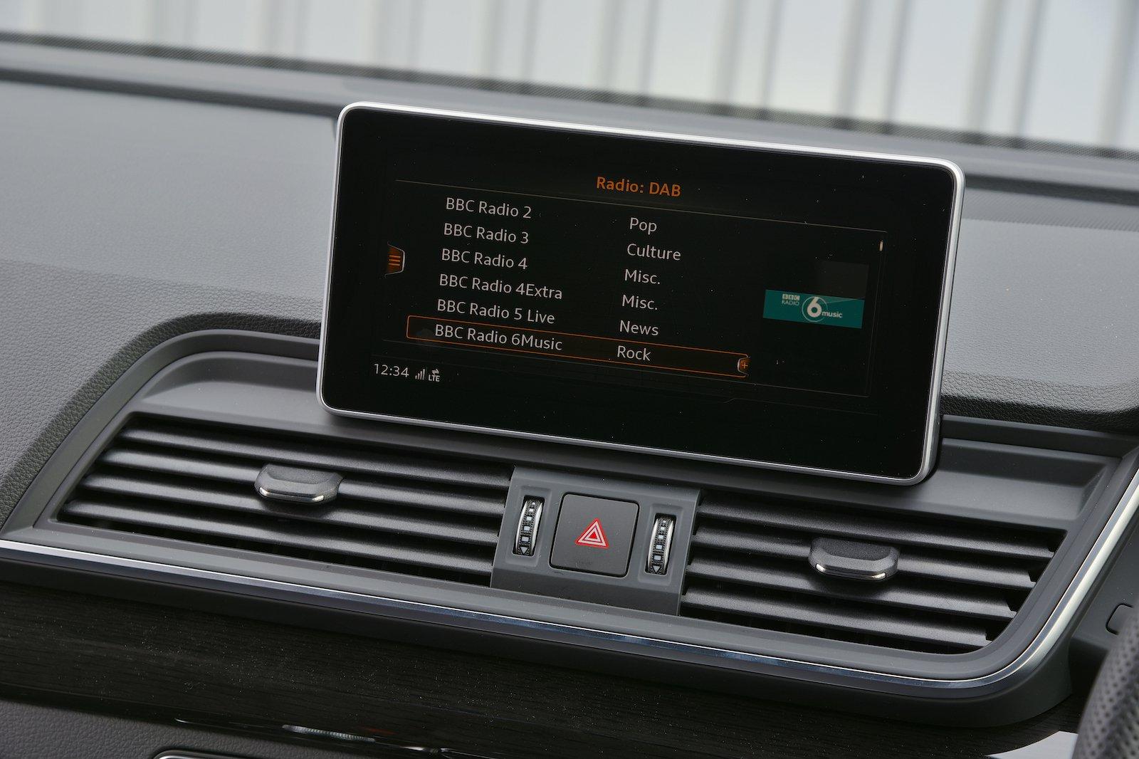Audi Q5 Vorsprung Infotainment