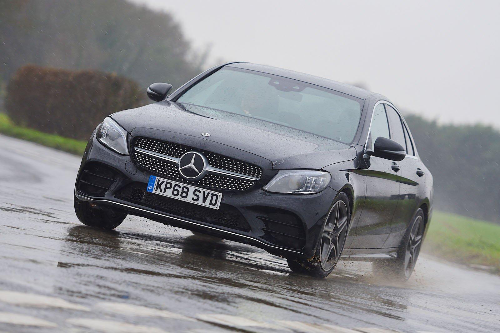 Mercedes C-Class saloon front three-quarter driving