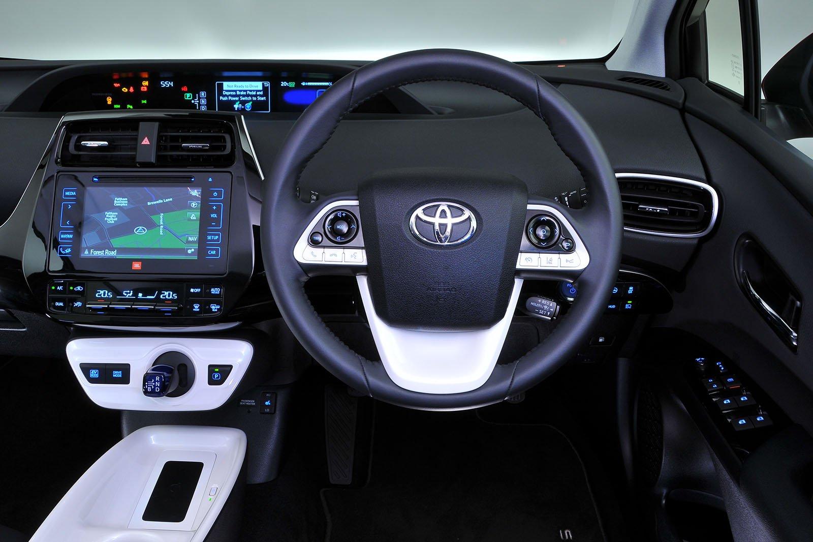 Used Toyota Prius interior