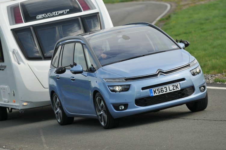 Citroen Grand C4 Spacetourer towing caravan