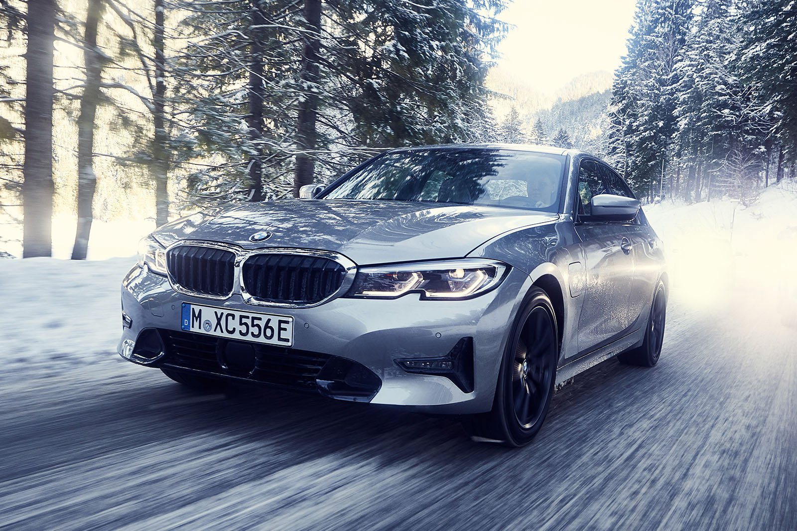 2019 Bmw 330e Front Three Quarter Driving