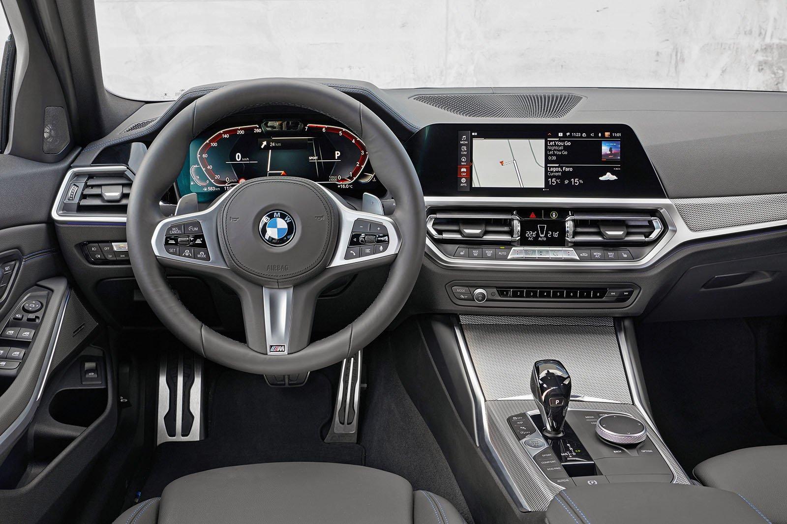 2019 BMW 330e dashboard