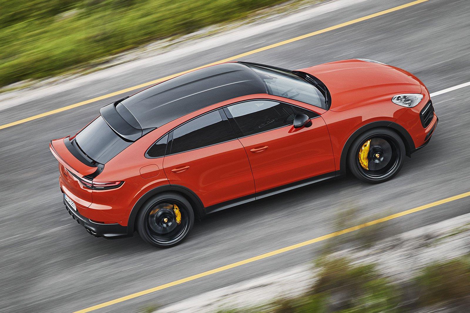 Porsche Cayenne Coupé side
