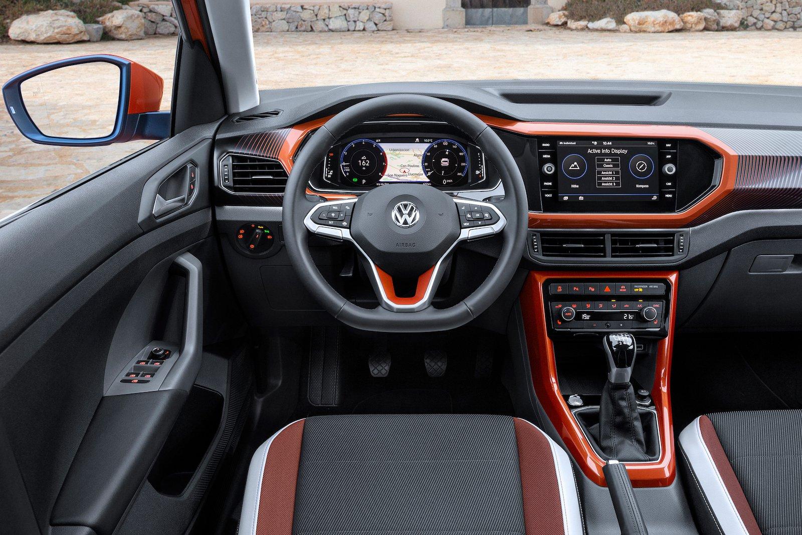 Volkswagen T-Cross 2019 LHD dashboard