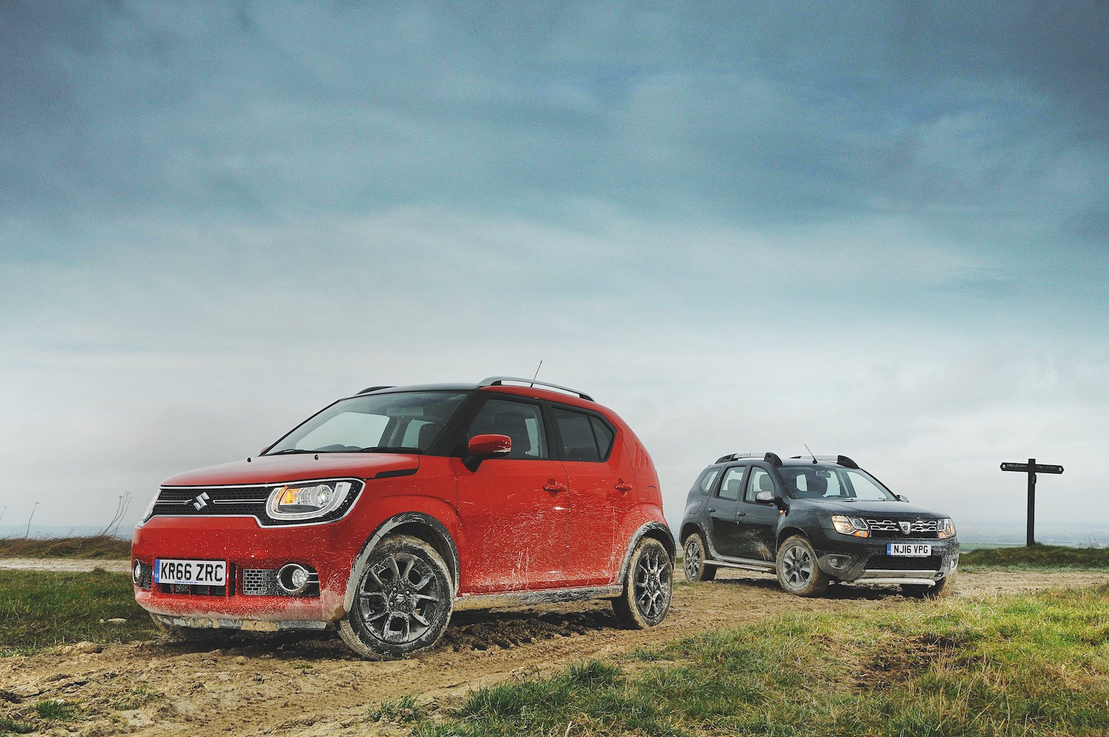 Used test: Dacia Duster vs Suzuki Ignis