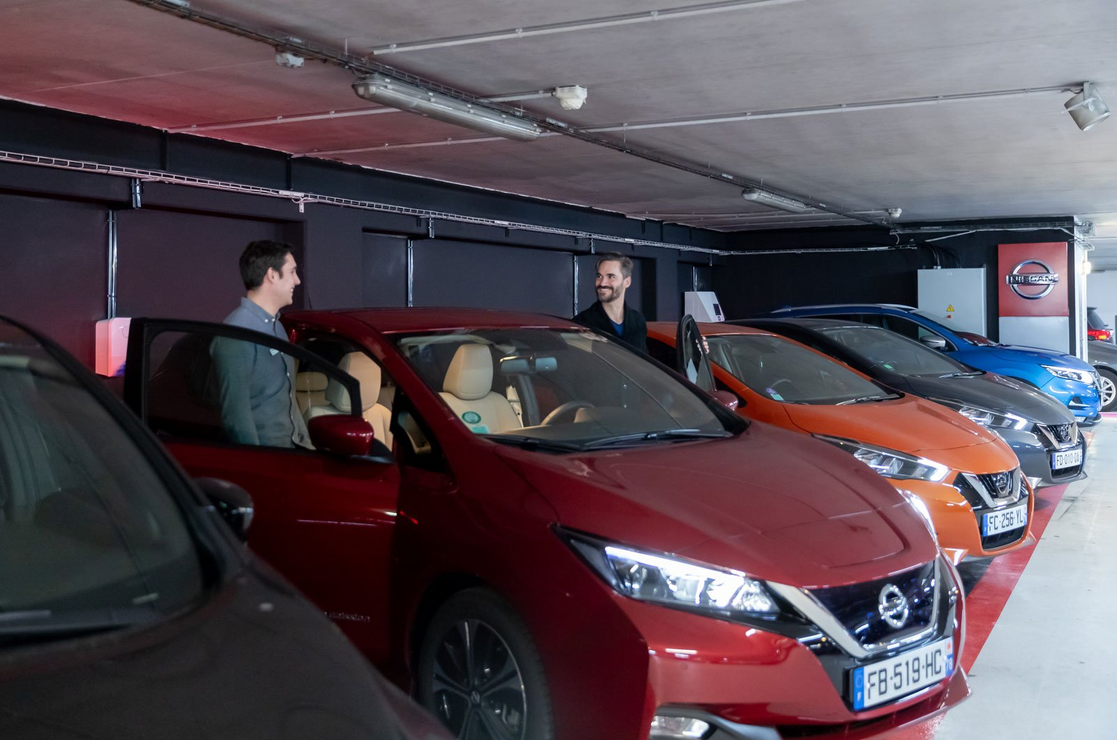 Nissan opens it first City Hub store in Paris | What Car?