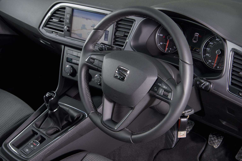 2: Seat Leon 1.6 TDI 110 Ecomotive - interior